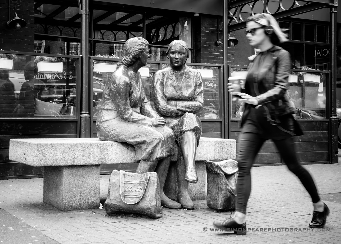 Street Photography in Dublin  - The Hags with the Bags
