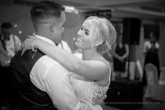 Capturing the First Dance. Timeless Images Captured Forever